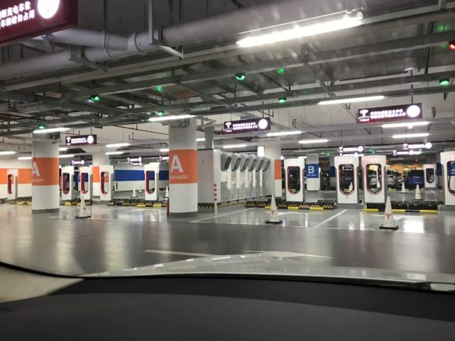 tesla-superchargers-shanghai-2
