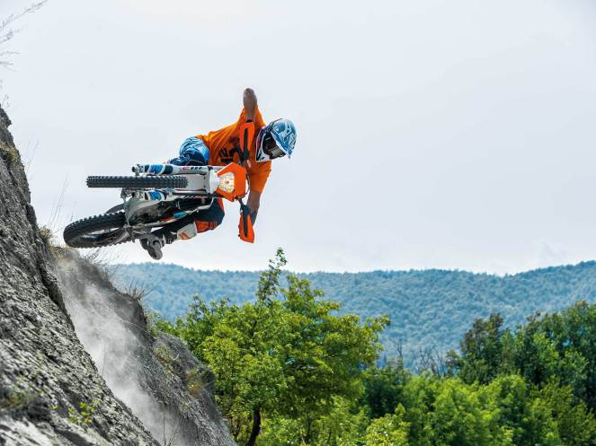 ktm-unveils-new-freeride-e-xc-and-announces-future-e-mobility-plans0000